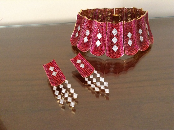 Bohemian crystal inspired red and pink pave necklace set